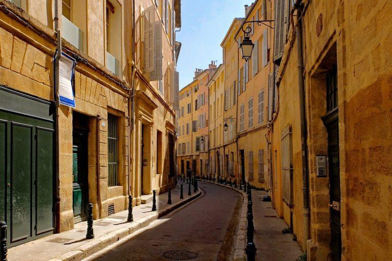 Visite guidée d'Aix-en-Provence : incontournables et coins cachés