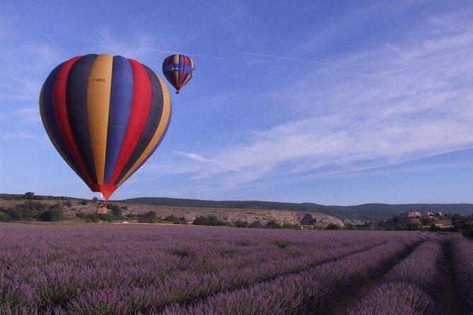 Survolez la Provence en montgolfière depuis Forcalquier